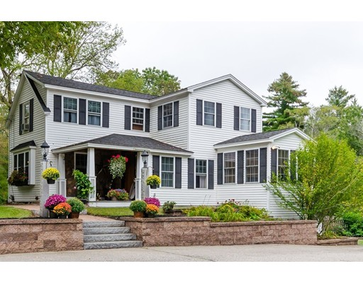 Single Family Home for Sale at 333 Main Street 333 Main Street Plaistow, New Hampshire 03865 United States