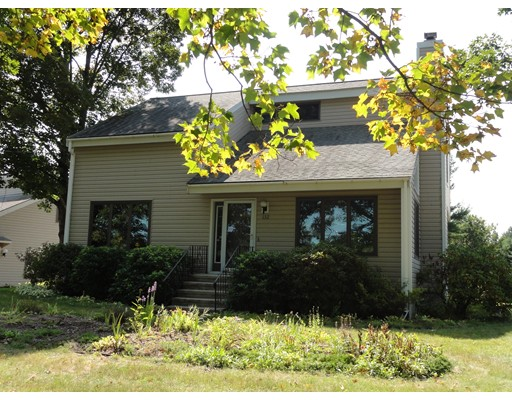 Single Family Home for Sale at 132 Groton Road Shirley, Massachusetts 01464 United States