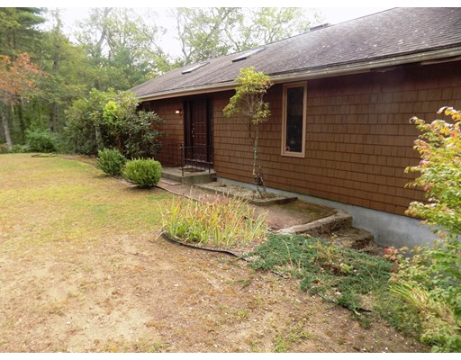 Single Family Home for Sale at 6 Old Acres Road Holland, Massachusetts 01521 United States
