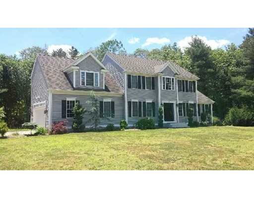 Single Family Home for Sale at 70 Pine Island Road Dartmouth, Massachusetts 02747 United States
