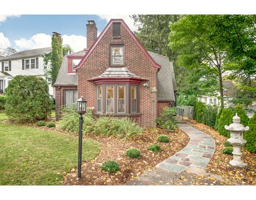 Single Family Home for Sale at 49 Summit Street Newton, Massachusetts 02465 United States