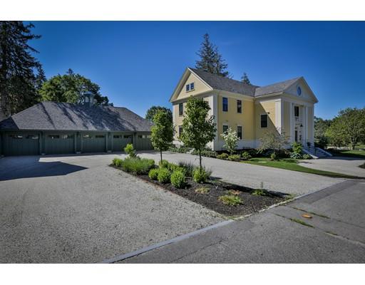 共管式独立产权公寓 为 出租 在 33 High Rd #1 33 High Rd #1 Newbury, 马萨诸塞州 01950 美国