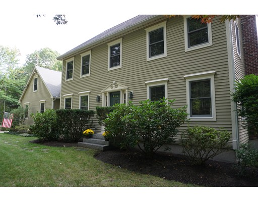 Single Family Home for Sale at 38 Westview Road 38 Westview Road Brookline, New Hampshire 03033 United States