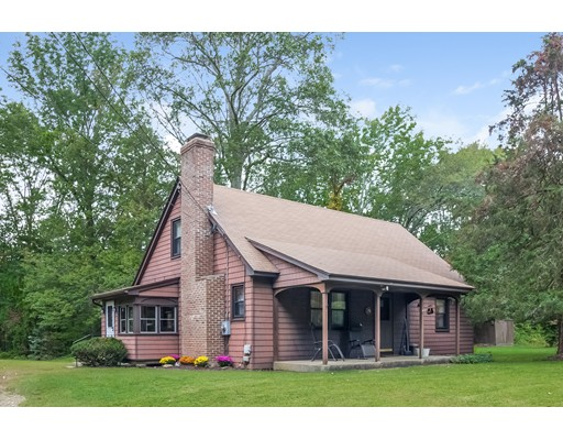 Single Family Home for Sale at 75 West Street 75 West Street Columbia, Connecticut 06237 United States