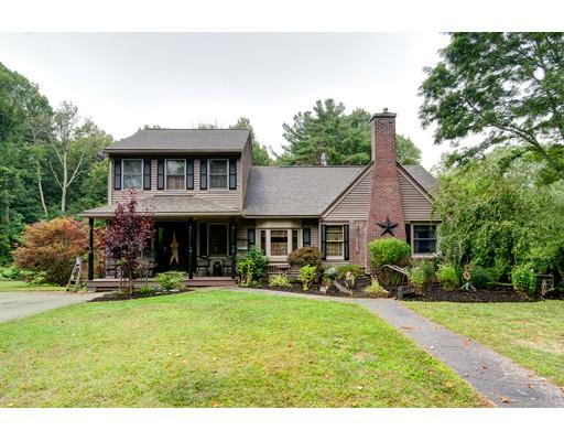 Single Family Home for Sale at 190 Auburn Street Leicester, Massachusetts 01611 United States