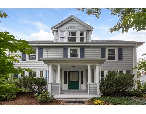 Maison avec plusieurs logements pour l Vente à 275 Old Bedford Road Concord, Massachusetts 01742 États-Unis