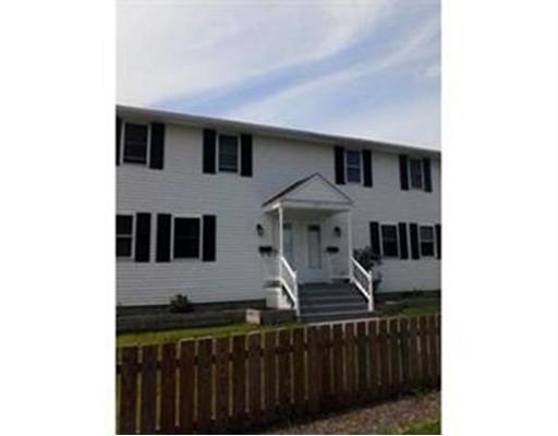 Частный односемейный дом для того Аренда на 115 Linden Street 115 Linden Street Taunton, Массачусетс 02780 Соединенные Штаты