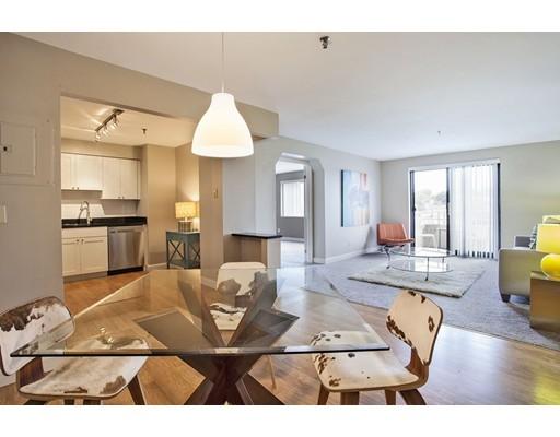 Appartement en copropriété pour l Vente à 376 Ocean Avenue Revere, Massachusetts 02151 États-Unis