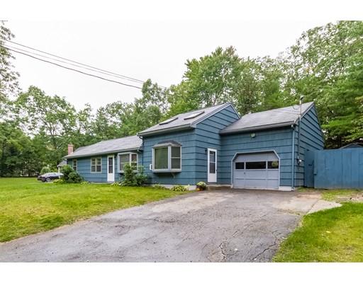 Maison unifamiliale pour l Vente à 380 Townsend Road Groton, Massachusetts 01450 États-Unis