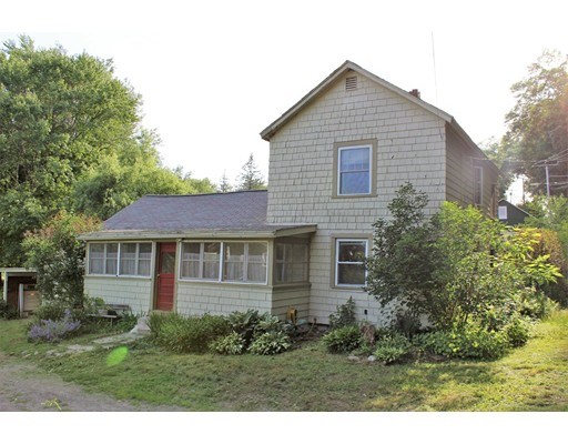 Single Family Home for Sale at 98 Petty Plain Road 98 Petty Plain Road Greenfield, Massachusetts 01301 United States