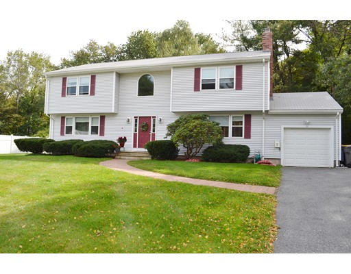 Single Family Home for Sale at 33 Highgate Road Framingham, Massachusetts 01701 United States