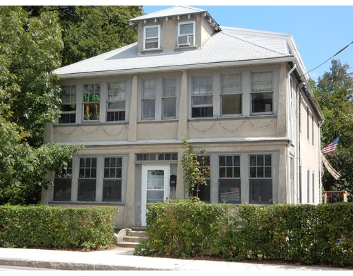 Многосемейный дом для того Продажа на 90 Mellen Street 90 Mellen Street Framingham, Массачусетс 01702 Соединенные Штаты