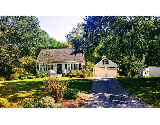 Single Family Home for Sale at 10 Aquarius Lane Townsend, Massachusetts 01469 United States