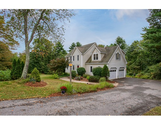 Single Family Home for Sale at 108 West Main Groton, Massachusetts 01450 United States