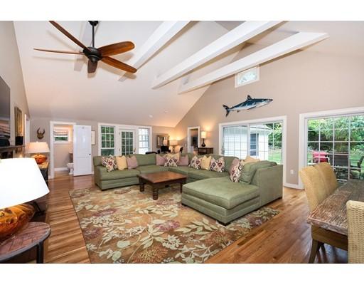 Maison unifamiliale pour l Vente à 11 Chittenden Lane Norwell, Massachusetts 02061 États-Unis