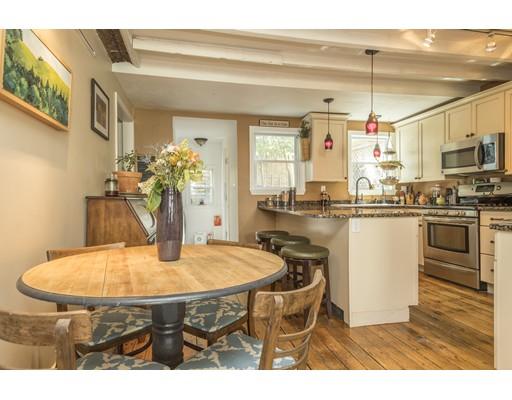 Einfamilienhaus für Verkauf beim 10 Lexington Avenue Boston, Massachusetts 02129 Vereinigte Staaten