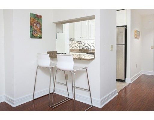 Condominium for Sale at 3 Avery Street #402 3 Avery Street #402 Boston, Massachusetts 02111 United States