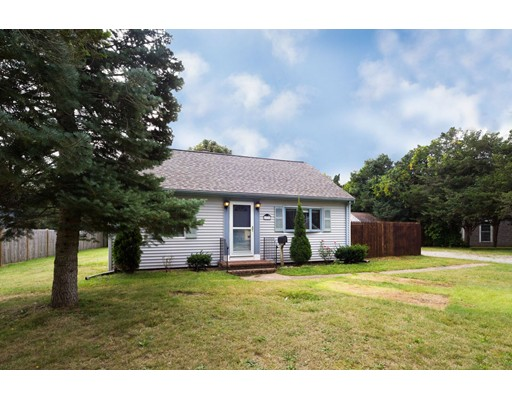 Single Family Home for Sale at 33 Terrence Avenue Falmouth, Massachusetts 02540 United States