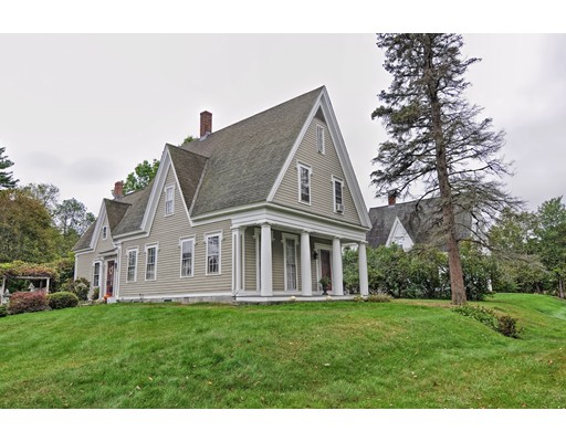 Single Family Home for Sale at 13 Cottage Street 13 Cottage Street Douglas, Massachusetts 01516 United States