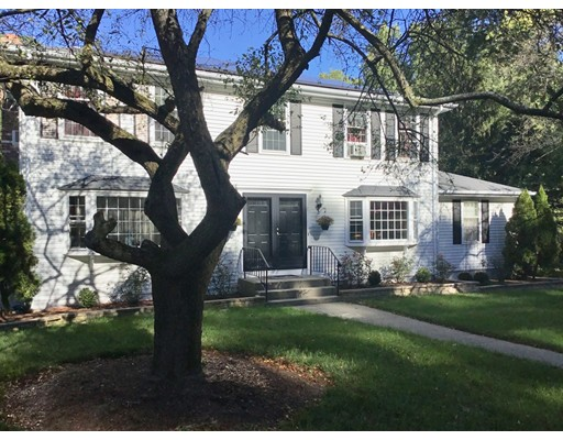 Single Family Home for Sale at 7 Hickory Hill Lane Framingham, Massachusetts 01702 United States