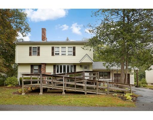 独户住宅 为 销售 在 10 Walnut Ter 10 Walnut Ter Avon, 马萨诸塞州 02322 美国
