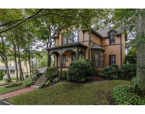 Частный односемейный дом для того Продажа на 122 Appleton Street 122 Appleton Street Arlington, Массачусетс 02476 Соединенные Штаты