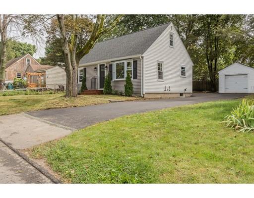 独户住宅 为 销售 在 14 Third Street 韦茅斯, 马萨诸塞州 02188 美国