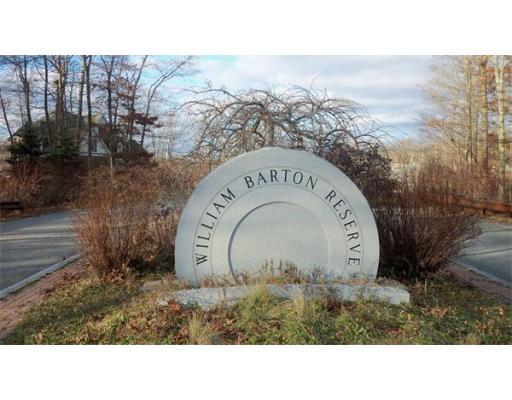 土地 为 销售 在 24 Daniel Page Court 蒂弗顿, 02878 美国