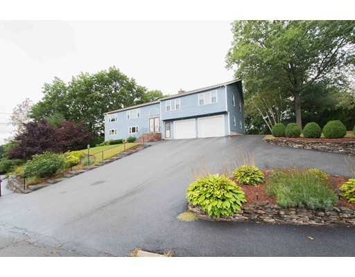 Single Family Home for Sale at 30 Stevin Drive 30 Stevin Drive Woburn, Massachusetts 01801 United States