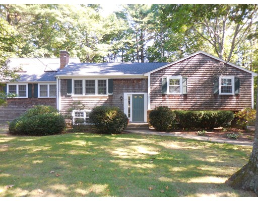 Single Family Home for Sale at 115 Bianca Road Duxbury, Massachusetts 02332 United States