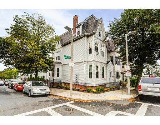 Nhà ở nhiều gia đình vì Bán tại 45 M Street Boston, Massachusetts 02127 Hoa Kỳ