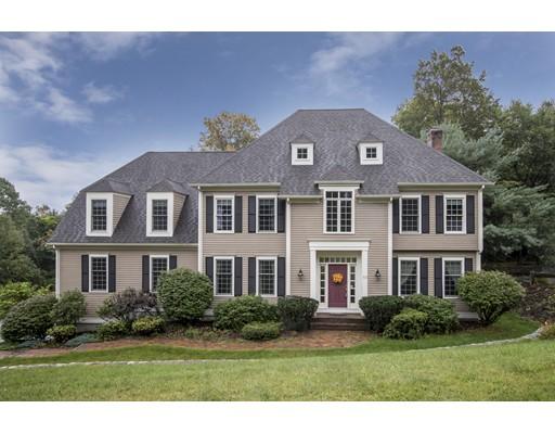 Casa Unifamiliar por un Venta en 10 Hearthstone Road Hopkinton, Massachusetts 01748 Estados Unidos