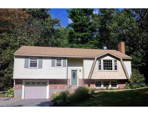 独户住宅 为 销售 在 8 Wentworth Street 8 Wentworth Street Nashua, 新罕布什尔州 03060 美国