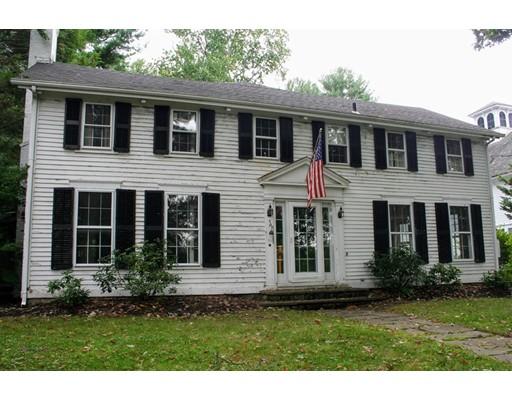 Maison unifamiliale pour l Vente à 57 Cherry Street 57 Cherry Street Wrentham, Massachusetts 02093 États-Unis