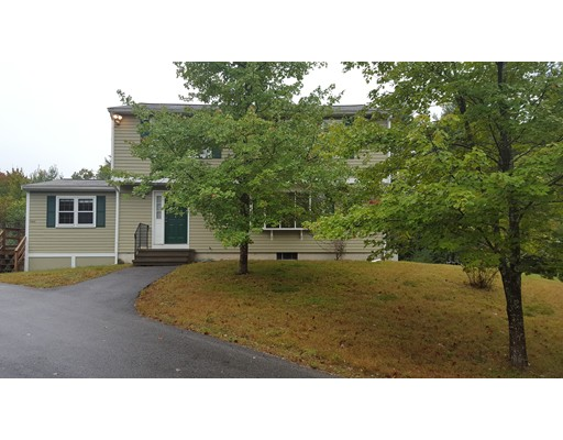 Single Family Home for Rent at 120 Chestnut Street 120 Chestnut Street Easton, Massachusetts 02356 United States