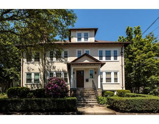 多户住宅 为 销售 在 22 Brandon Road 22 Brandon Road 米尔顿, 马萨诸塞州 02186 美国