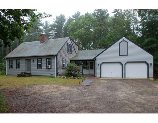 Single Family Home for Sale at 635 West Street Duxbury, Massachusetts 02332 United States
