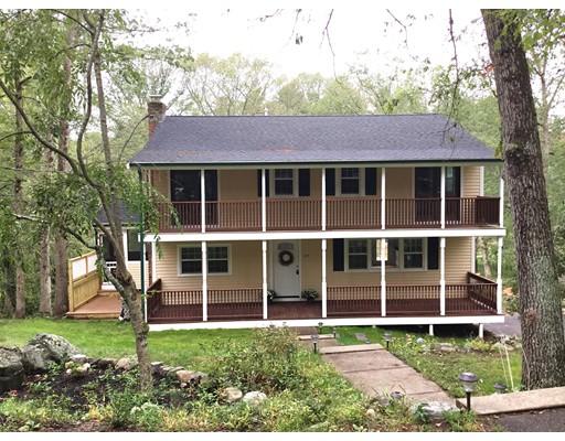 Casa Unifamiliar por un Venta en 217 Farm Street 217 Farm Street Millis, Massachusetts 02054 Estados Unidos