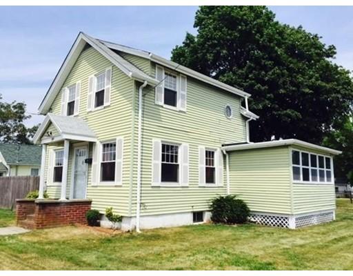 Casa Unifamiliar por un Alquiler en 495 Wilbur Avenue 495 Wilbur Avenue Swansea, Massachusetts 02777 Estados Unidos
