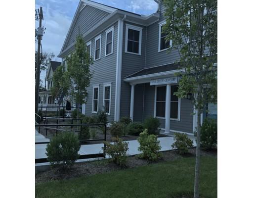Comercial por un Alquiler en 70 North Street 70 North Street Medfield, Massachusetts 02052 Estados Unidos