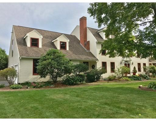 Maison unifamiliale pour l Vente à 73 Ferry Hill Road 73 Ferry Hill Road Granby, Massachusetts 01033 États-Unis