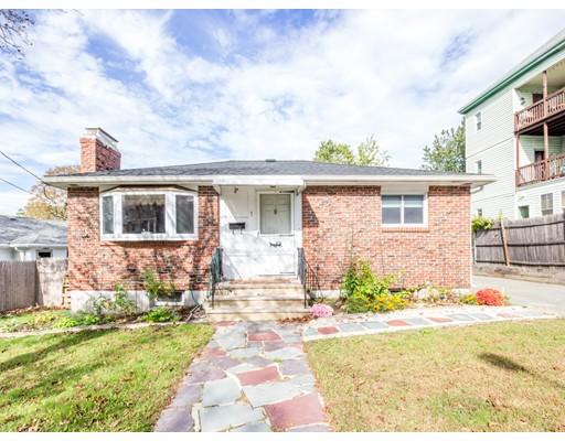 Частный односемейный дом для того Продажа на 1 Greenbrook Road Boston, Массачусетс 02136 Соединенные Штаты