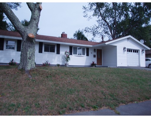 Single Family Home for Sale at 76 Abington Avenue Holbrook, Massachusetts 02343 United States