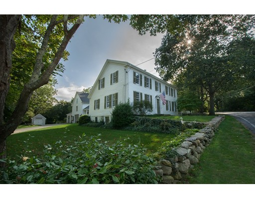 Casa Unifamiliar por un Venta en 685 Highland Street Marshfield, Massachusetts 02050 Estados Unidos