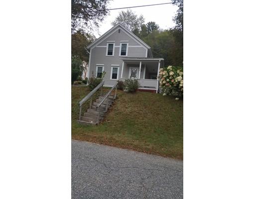 واحد منزل الأسرة للـ Sale في 443 Washington Street 443 Washington Street Warren, Massachusetts 01083 United States