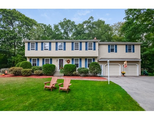 独户住宅 为 销售 在 14 Fox Hill Road 14 Fox Hill Road Blackstone, 马萨诸塞州 01504 美国