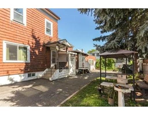 متعددة للعائلات الرئيسية للـ Sale في Everett Avenue Everett Avenue Somerville, Massachusetts 02145 United States