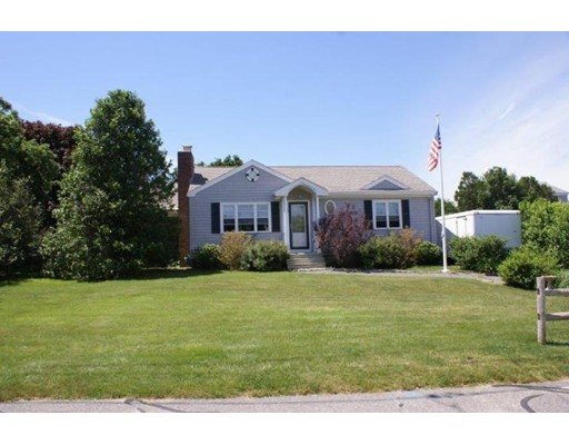 Single Family Home for Sale at 18 Feake Avenue 18 Feake Avenue Sandwich, Massachusetts 02563 United States