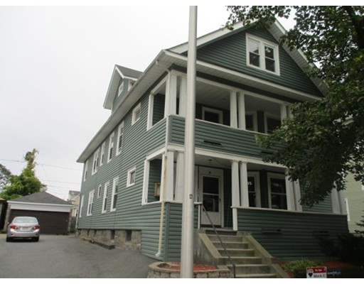 Additional photo for property listing at 18 N Woodford Street 18 N Woodford Street Worcester, Massachusetts 01604 États-Unis