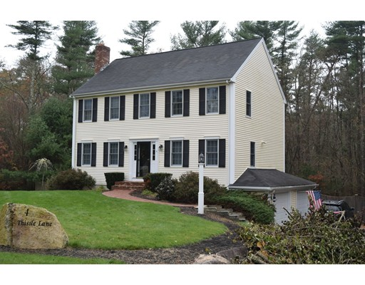 Single Family Home for Sale at 4 Thistle Lane 4 Thistle Lane Rochester, Massachusetts 02770 United States